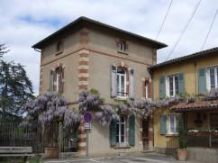 glycine-le-vieux-bourg-monts-du-lyonnais-avril2017-chamaneetmarinette